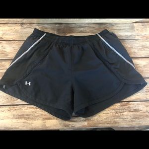 Women's Under Armour running shorts size large